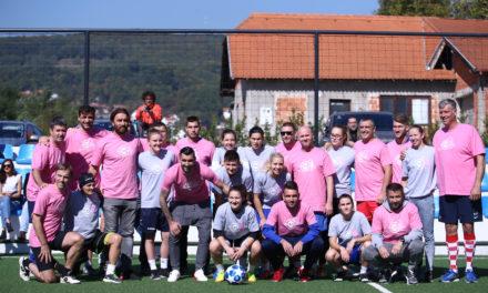 "Revijalna muško-ženska nogometna utakmica ""Darujmo ružičasti život"""