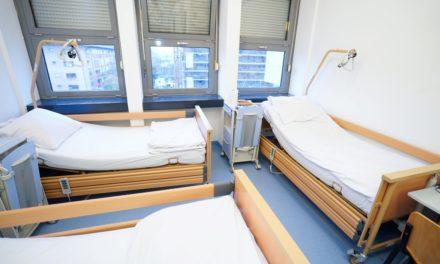Udruga Europa Donna Hrvatska donirala je odjelu onkologije 6 funkcionalnih kreveta